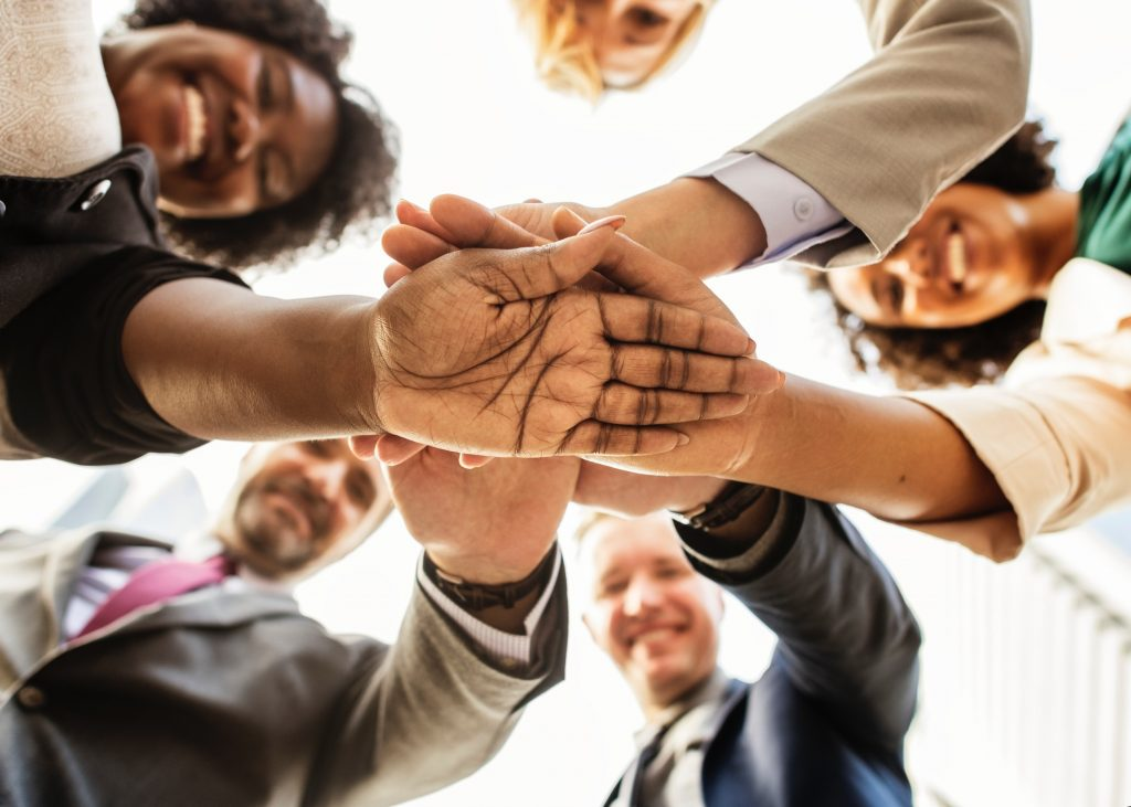 How to Kick Off Your Next Sales Team Meeting
